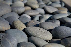 River_stones_w300